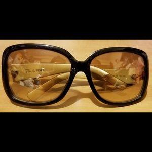 Ladies Fendi Designer Sunglasses Gently Used